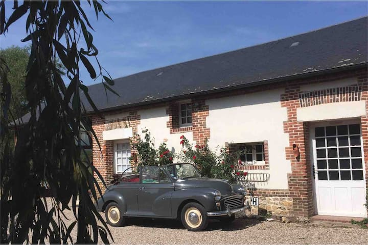 Romantic loft in beautiful Le Bec Hellouin (27800)