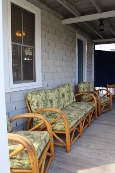 Bottom front porch
