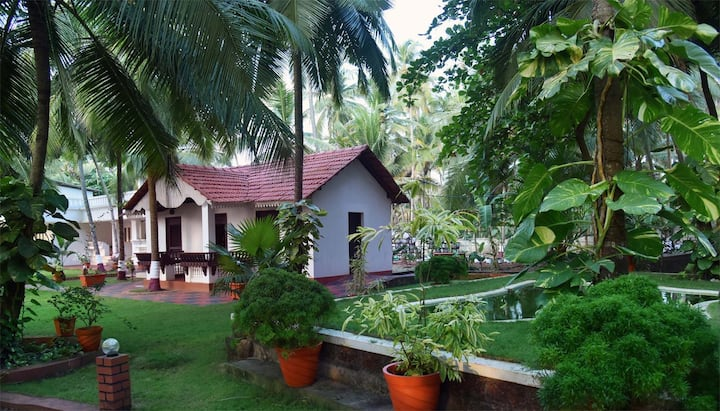 B&B at executive rooms with balcony at Kannur