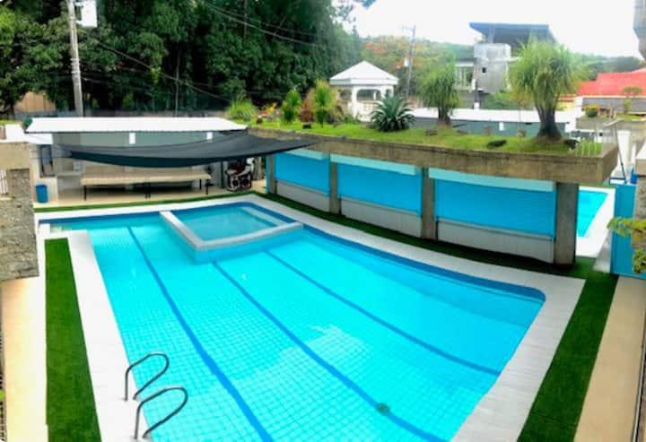 Villa Leah Hotspring Resort Night Trip