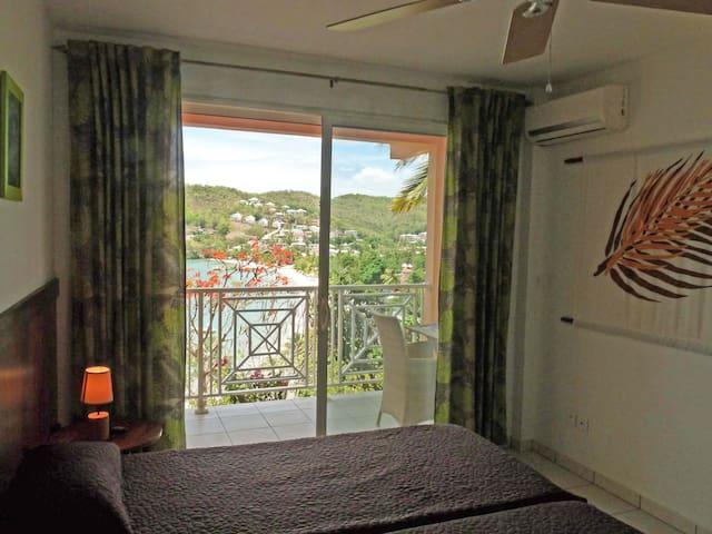 chambre 2 avec terrasse vue mer
