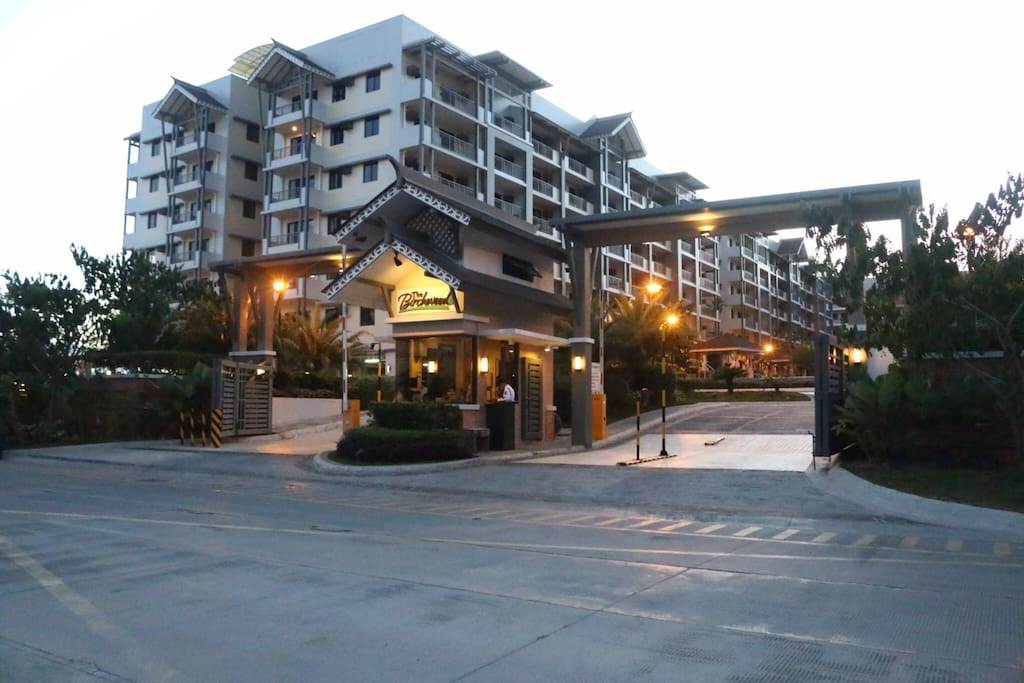 The Birchwood Residences Acacia Estates  Taguig City