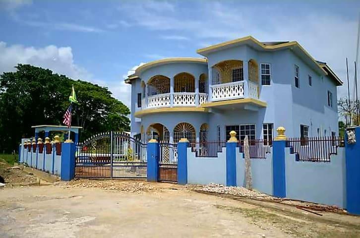 Villa Nompriel