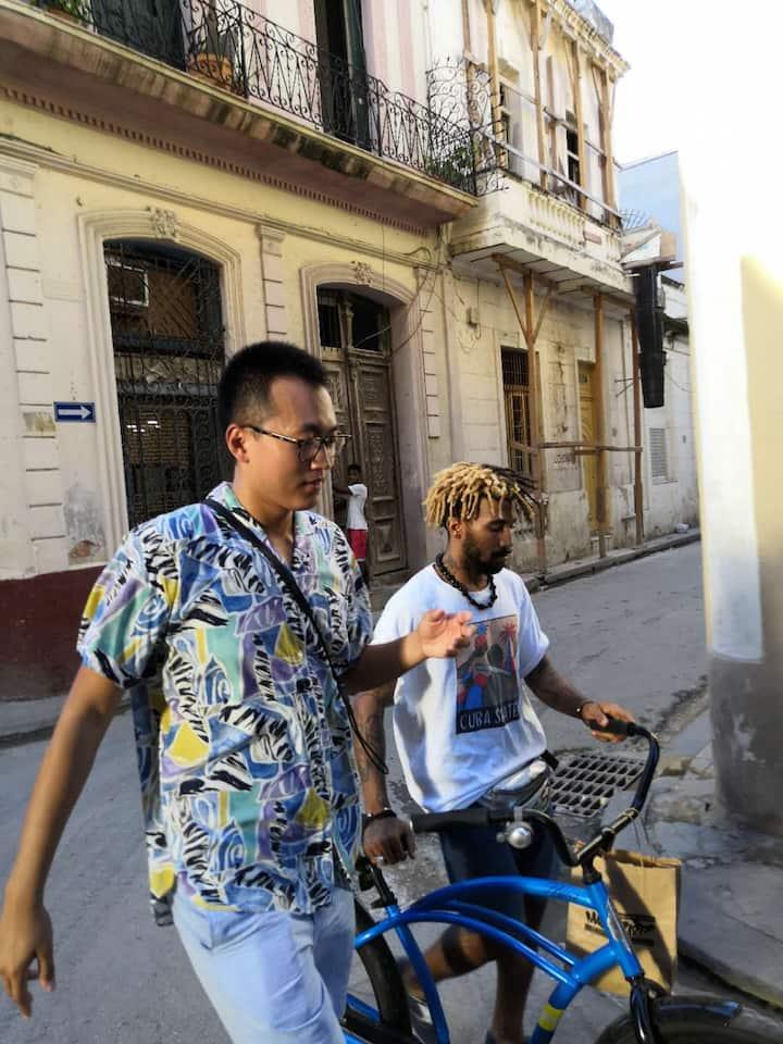 Su and Fabian in Old Havana
