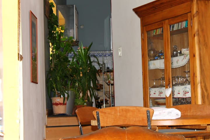 chambre avec salle de bain etwc ind - Alès - Apartament