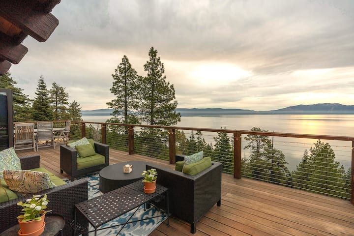 One-of-a-Kind Cabin with 180-Degree Lake Views