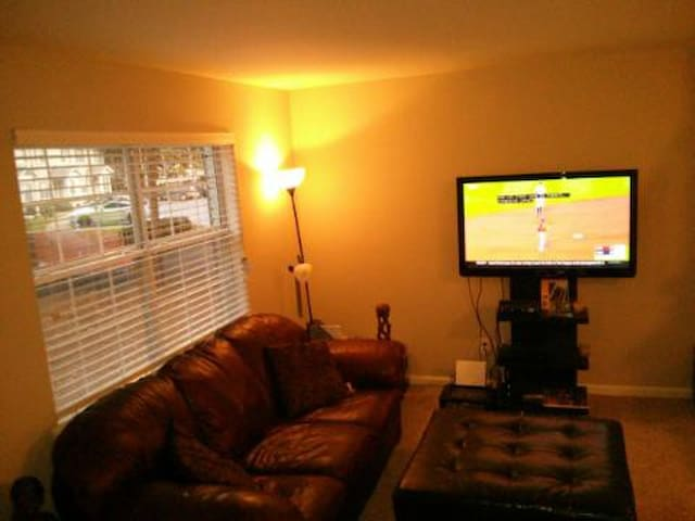 newly remodeled townhouse - Atlanta - Apartmen