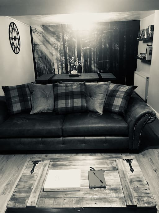 Cozy lounge sofa for some downtime.