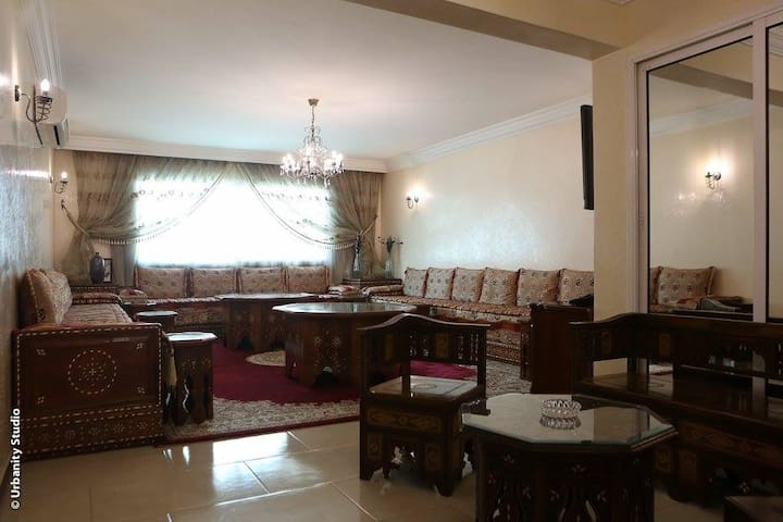 The Beautiful And well designed Moroccan salon/ living Room with TV, cable And internet connexion.