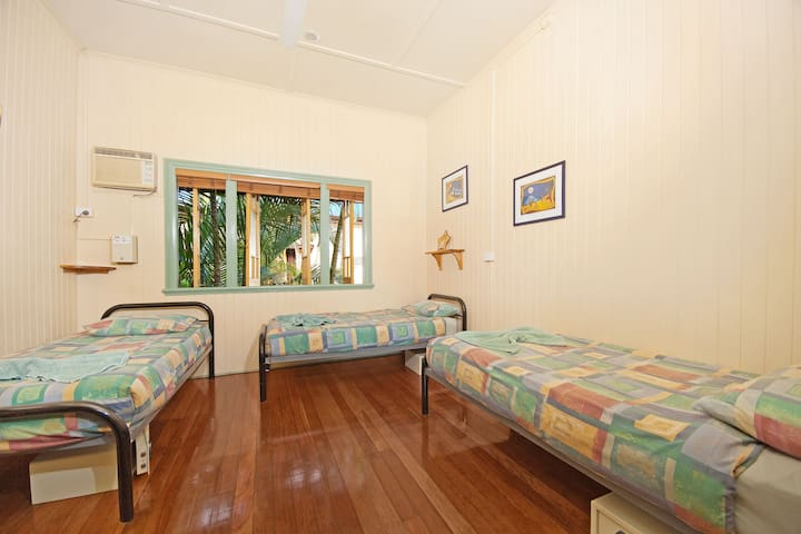 3 Share Room in Tropic Days Boutique Hostel