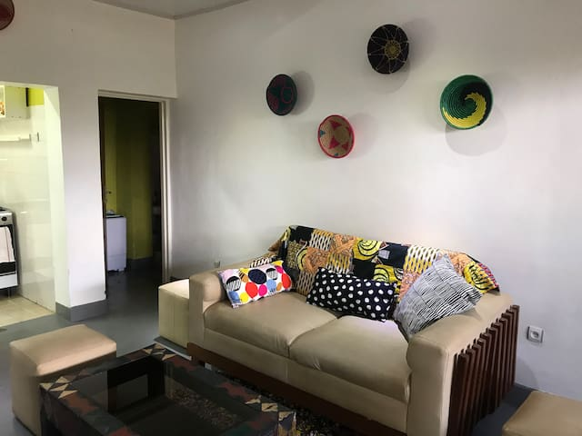 Afro-European Chic Bungalow (self contained)