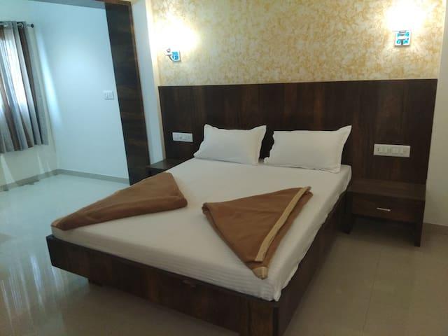 Hotel Sonali, Ichalkaranji Deluxe Room Non Ac
