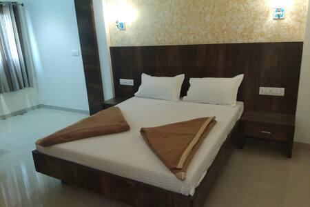 Hotel Sonali, Ichalkaranji Deluxe Room Ac