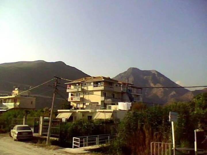 Arseni Borsh apartments
