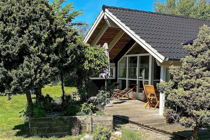 Picturesque Holiday Home in Hovedstaden with Sauna