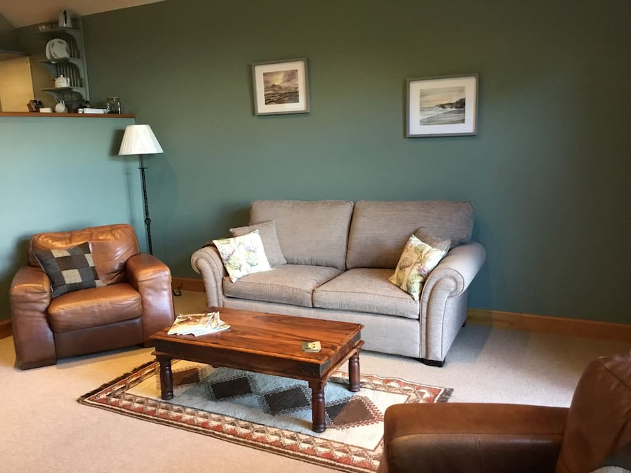 Sitting Room with Sofabed
