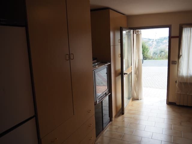 Bellissimo appartamento di una stanza(10 min mare) - Imperia - Apto. en complejo residencial