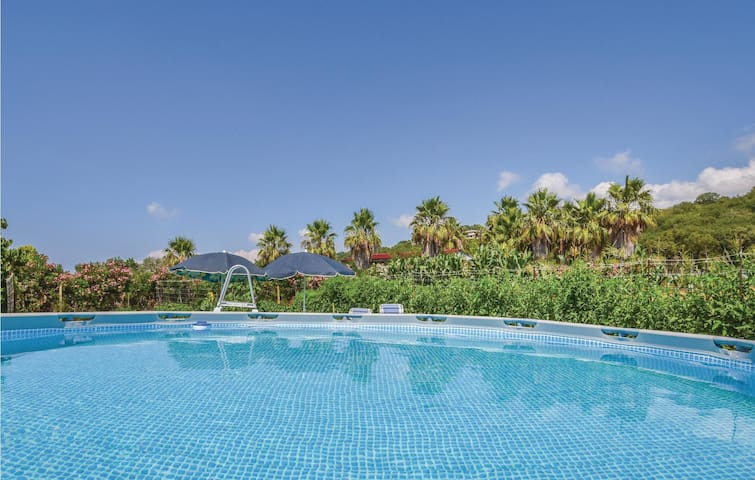 Holiday apartment with 1 bedroom on 40m² in Ricadi