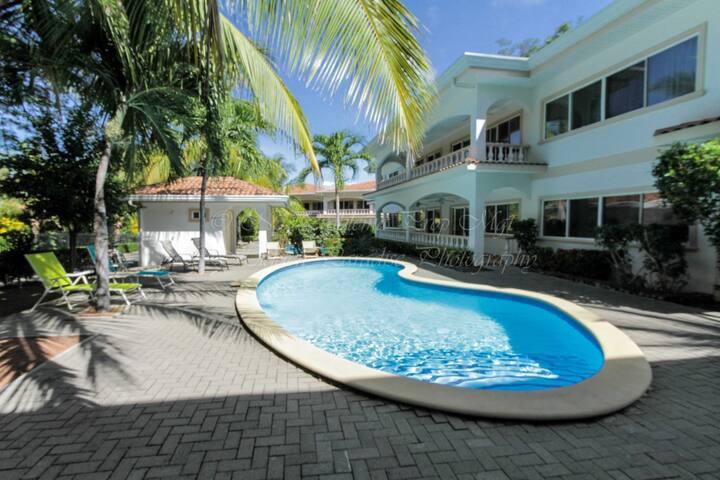 Cozy Condo Walk to the Beach - Playa Hermosa - Condominio