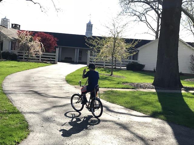 Millsite Lodge: Stable room 4- handicap accessible