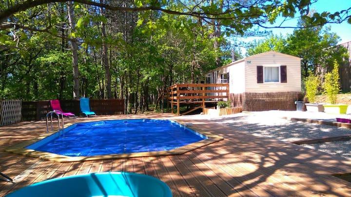 Bungalow 1 climatisé piscine chauffée à Cahors
