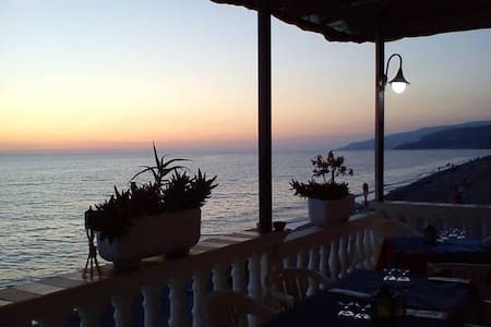 Bed & Breakfast sul mare (4 pax) - Fuscaldo