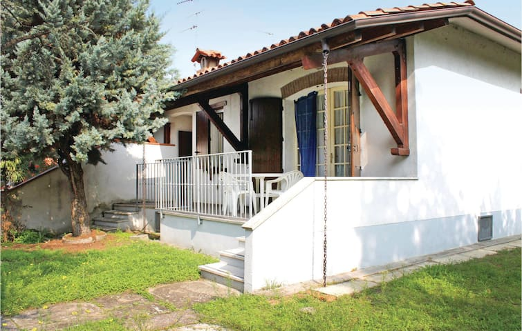Semi-Detached with 3 bedrooms on 65 m² in Lido di Volano -FE-