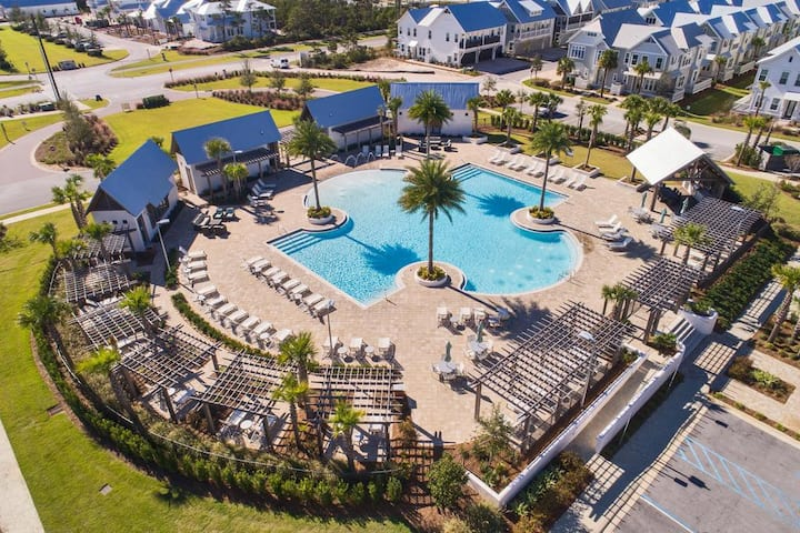 Seas the Cay!  On 30A, w/3 bikes, 2bd2ba Townhome