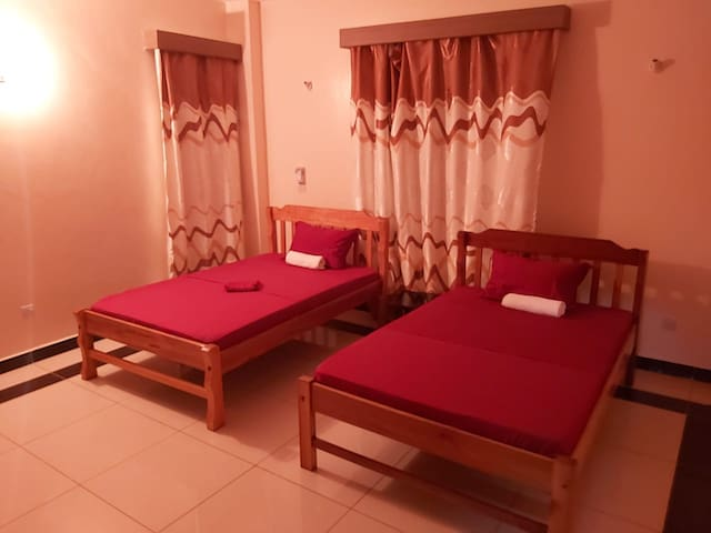 Bedrooms  3