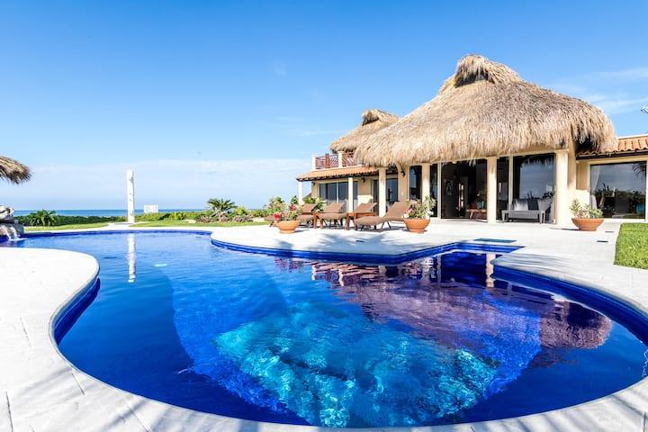 Beautiful Oceanfront Villa w/Pool, at Vivo Resorts