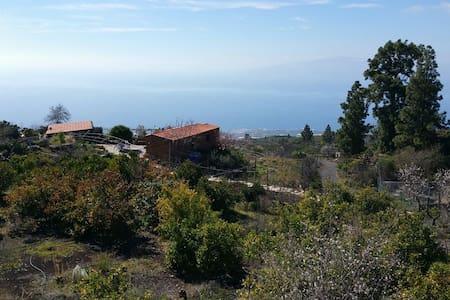 Casa Campo con Vistas Mar y Volcán - Guía de Isora - Haus