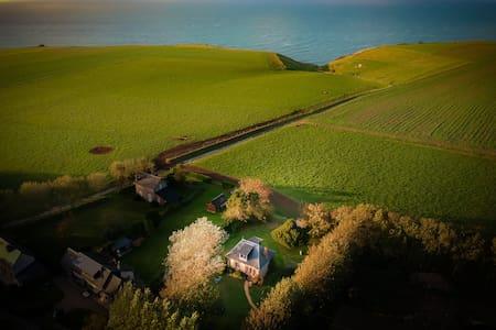 """Maison atypique vue sur mer dit """"Le repère"""""""