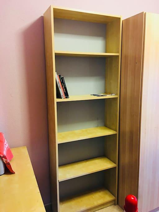 Estantería ideal para colocar tus libros o películas