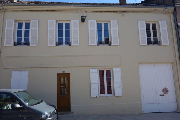 Grande maison familiale du centre ville - Paray-le-Monial