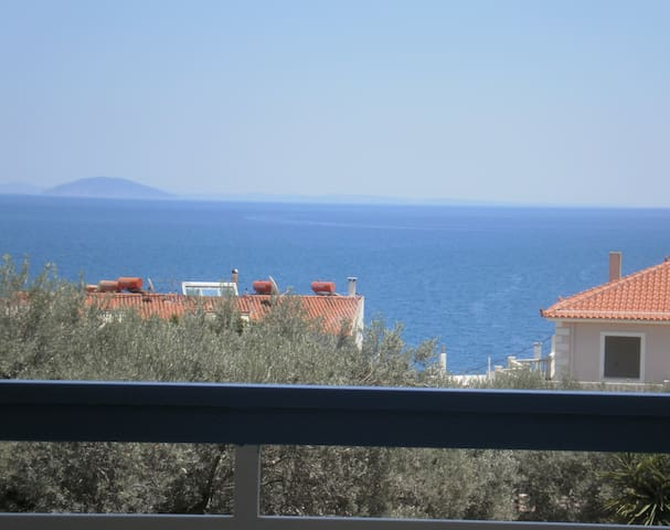 Seaview - selfcatering apartment - Helen  No 6