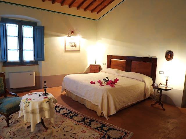 Hotel Room - Le Terre dei Cavalieri - Cortona - Bed & Breakfast