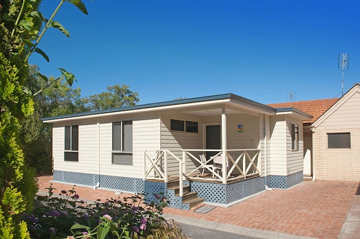 Ideal Unit on the Calm Shores of Geographe Bay