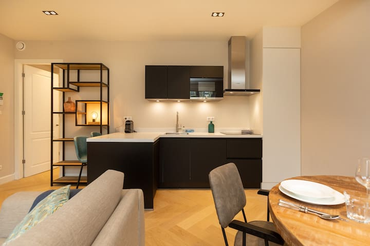 Beautiful Luxury apartment in the City Center!
