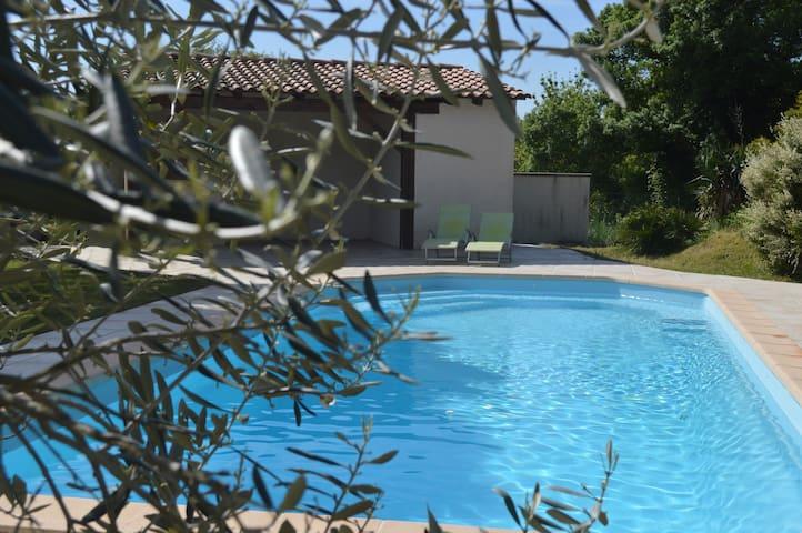 Villa avec piscine dans la Drome provençale