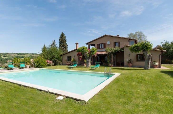 Apartment in villa Il Girasole-Otricoli Umbria - Otricoli - Lägenhet