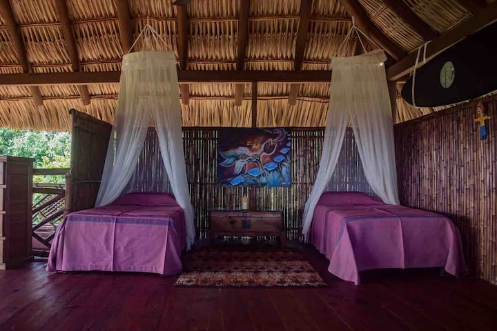 Palapa room - Tree top view - jungle view - ocean view - 2 single bed and 1 futon