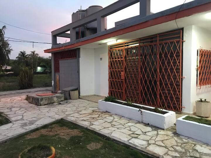 Casa ... Vista a la Playa José y kenia