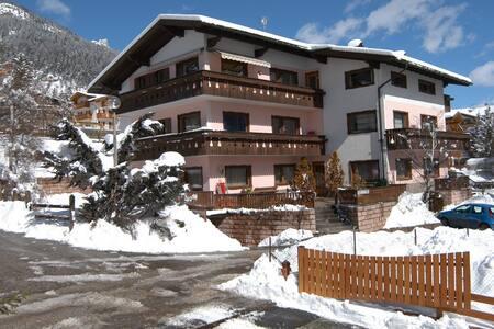 Residence Weiss - Appartamento 2 - Vigo di Fassa