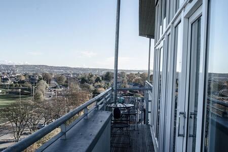 Stunning Penthouse at Kepplestone with City views