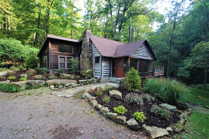 Rustic Luxury Cabin near Fallingwater and Ohiopyle
