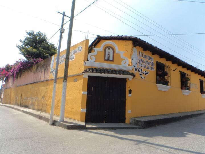 Casa Amarilla - Habitaciones con baño privado-