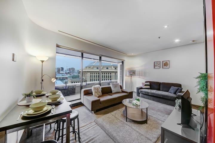 A Cozy & Central Apt Next to Melbourne Central