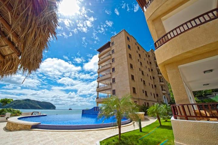 Beachfront Apartment Unit in SJDS - Sleeps 6