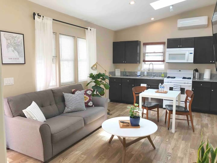⋆Modern Casita ⋆ 15 mins to Downtown ⋆ No Tax fees