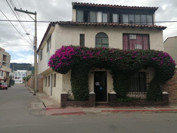 HOSTAL LA ABUELA BELLA